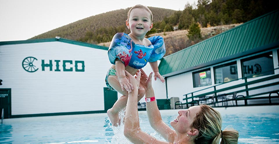 Hot Springs At Chico Hot Springs Hotsprings In Montana